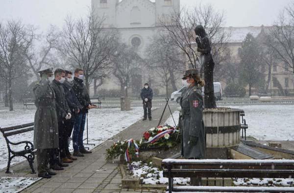 СОМБОР ОБЕЛЕЖИО ДАН СЕЋАЊА НА ЖРТВЕ НАТО АГРЕСИЈЕ